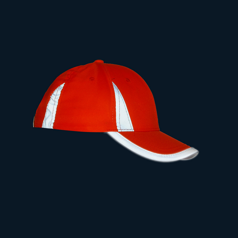 Pomarańczowa czapka odblaskowa MIKI dla dzieci - w nocy